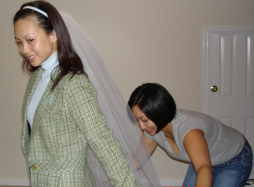 aunt kimmie making my veil