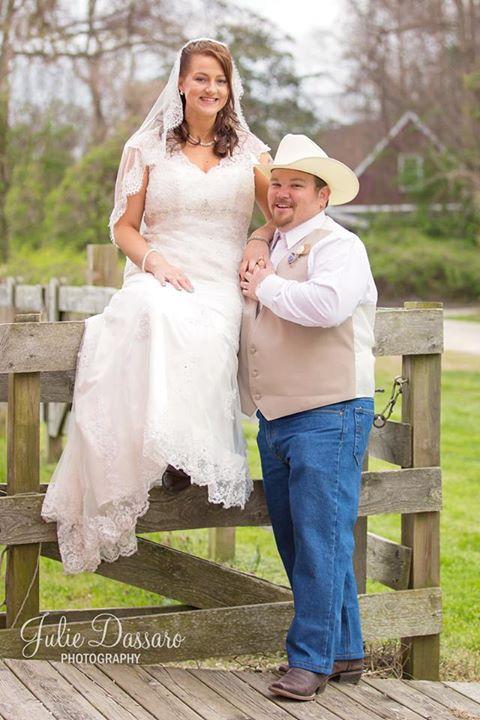 Bride Krystal and Groom Nicholas : Photo credit Julie Dessario Photography